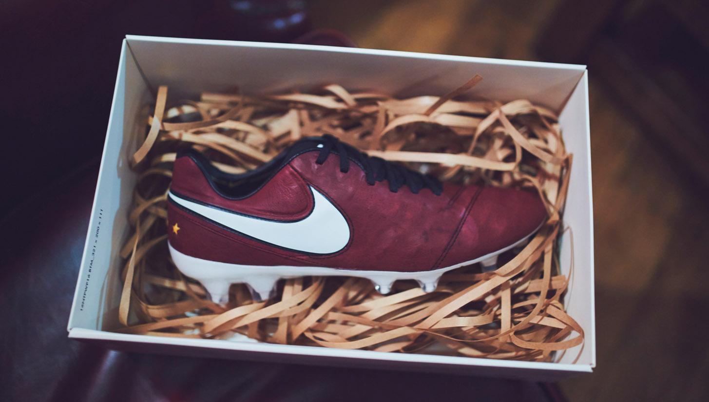 Nike Tiempo Legend 6 Andrea Pirlo – kopačky jako víno