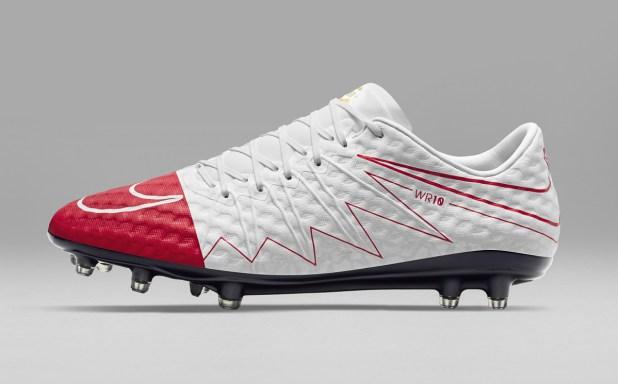 Nike Hypervenom WR250