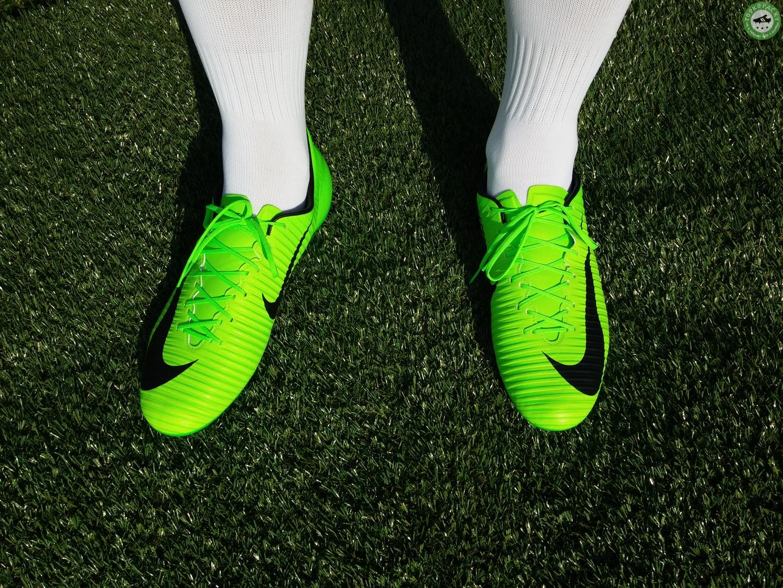 kopačky Nike Mercurial Veloce III na noze