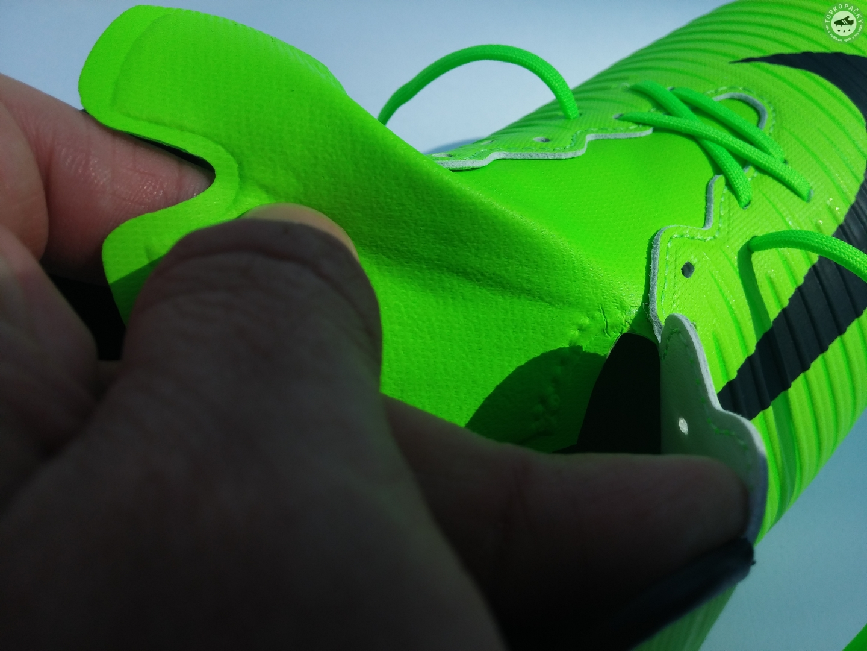 jazyk kopaček Nike Veloce III FG
