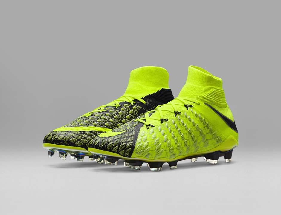 FIFA 18 - Nike X EA Sports Hypervenom 3 kopačky