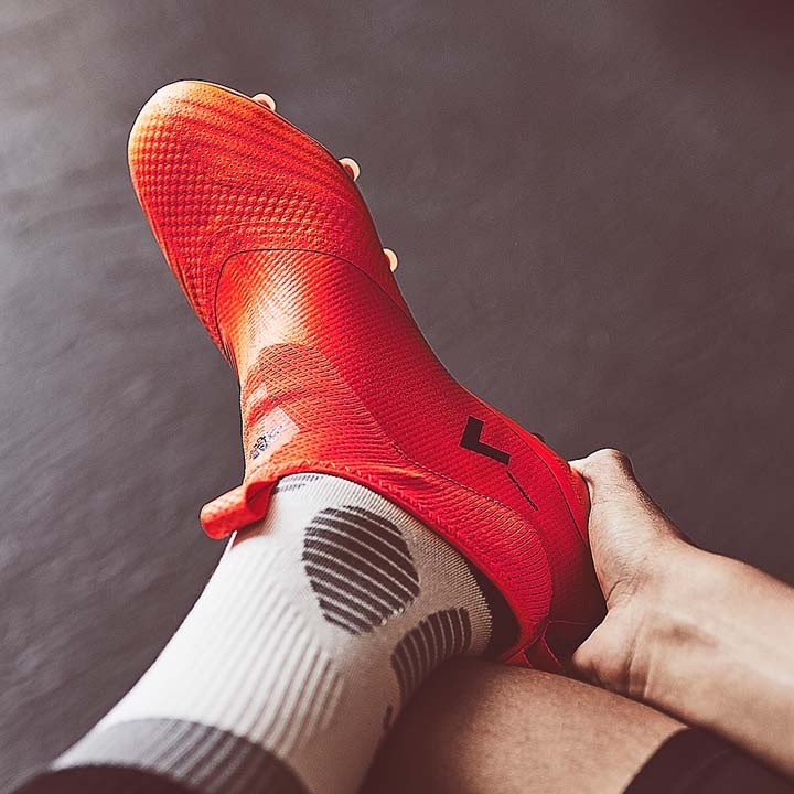 Adidas ACE 17+ Purecontrol Pyro Storm pack