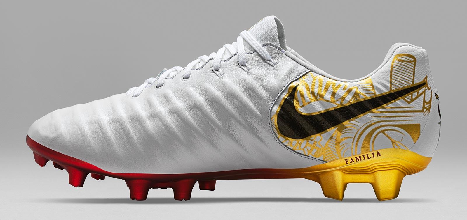 Novinky Nike Tiempo Legend VII Sergio Ramos profil 2