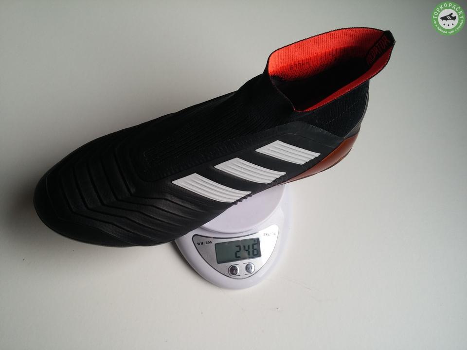 kopačky Adidas Predator 18+ váha