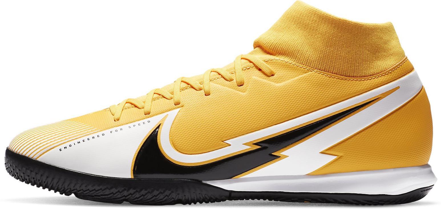 Sálovky Nike SUPERFLY 7 ACADEMY IC oranžová