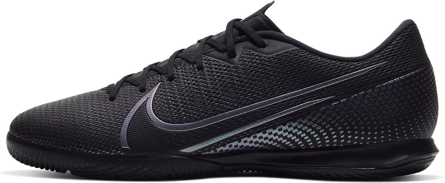 Sálovky Nike VAPOR 13 ACADEMY IC černá