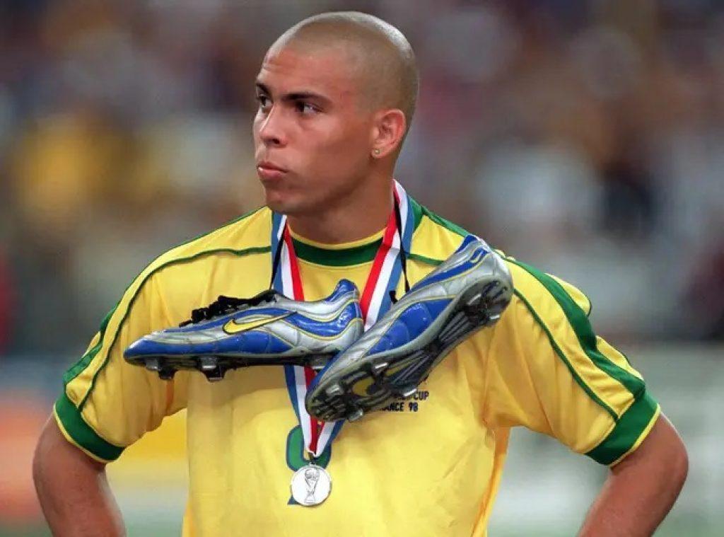 kopačky Ronaldo R9